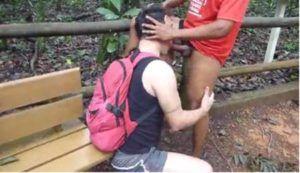 Pegação entre machos gays no mato em brasília