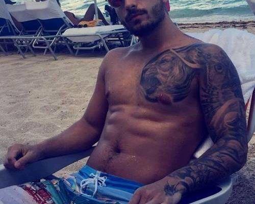 Maluma mostrando seu corpinho gostoso em fotos