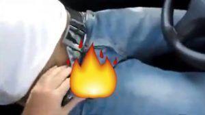 Homem motorista dotado do uber fodeu o cu do cliente durante corrida