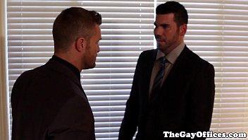 Advogados gays gostosos e dotados trepando