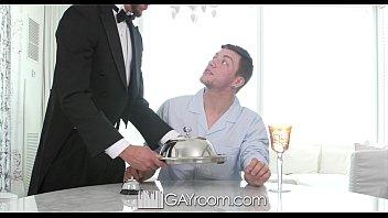 Empresário gay comendo cú do mordomo