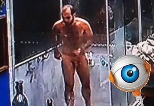 Mahmoud Pelado no banho - BBB18