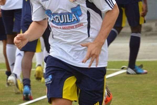 Jogador Colombiano pelado - Jogadores pelados