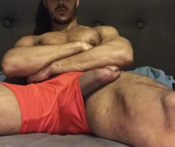 Homens pelados – Diego Barros bem dotado