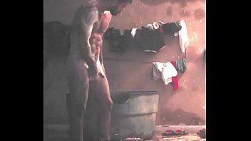 Juliano Cazarré nuzão em filme babadeiro - Famosos pelados