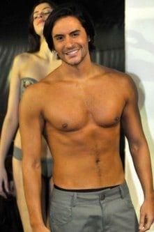 famosos-nus-Ricardo-Tozzi-nu-e-bem-sarado