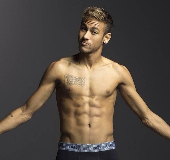 famosos-nus-jogador-Neymar-pelado-sarado
