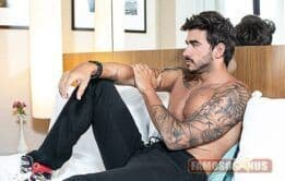 BBB20: Guilherme posa sexy em ensaio - Famosos nus