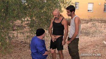 Gay Resort episodio 1. Los chicos se van conociendo y mucho más !!!