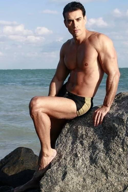 david-zepeda-nudes-de-famosos-nu
