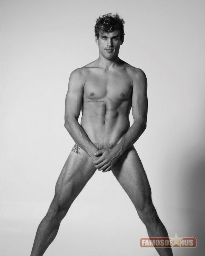 felipe-roque-posta-nudes-gay