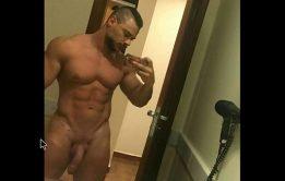 Vamos de TBT com Nude Leo Stronda
