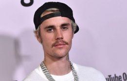 Justin Bieber marcando a piroca - Fotos dos Famosos