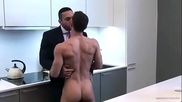 Safado acordou querendo rola no cuzinho