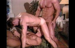 Três safados gays fazendo putaria deliciosa