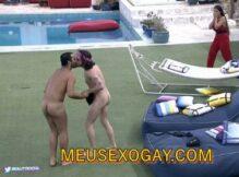 Vídeo: Fiuk e Gil pelados no BBB21
