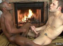 Gay Punhetando seu macho dotado