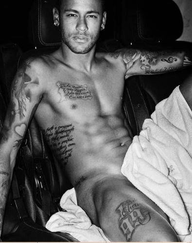 nudes-do-famoso-jogador-neymar-pelado