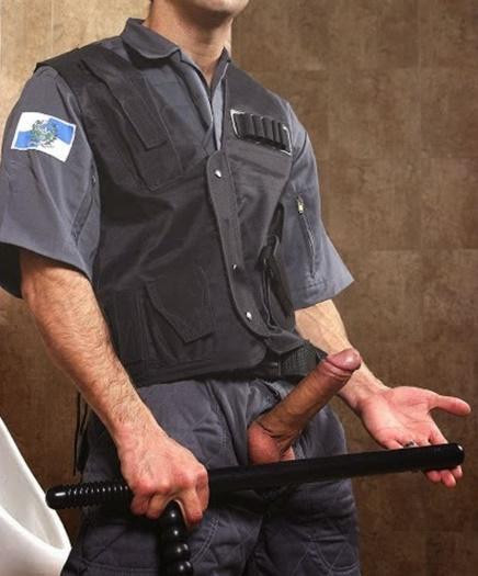 fotos-de-policiais-pelados